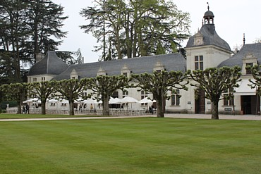 Chenonceau stables