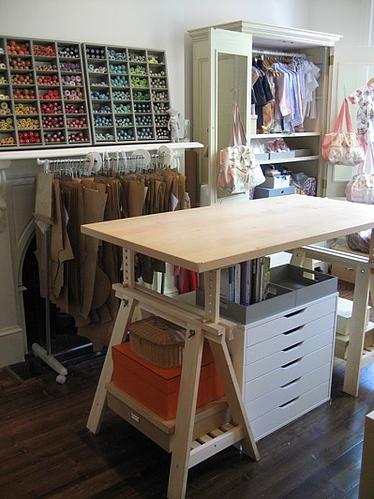 Studio - table